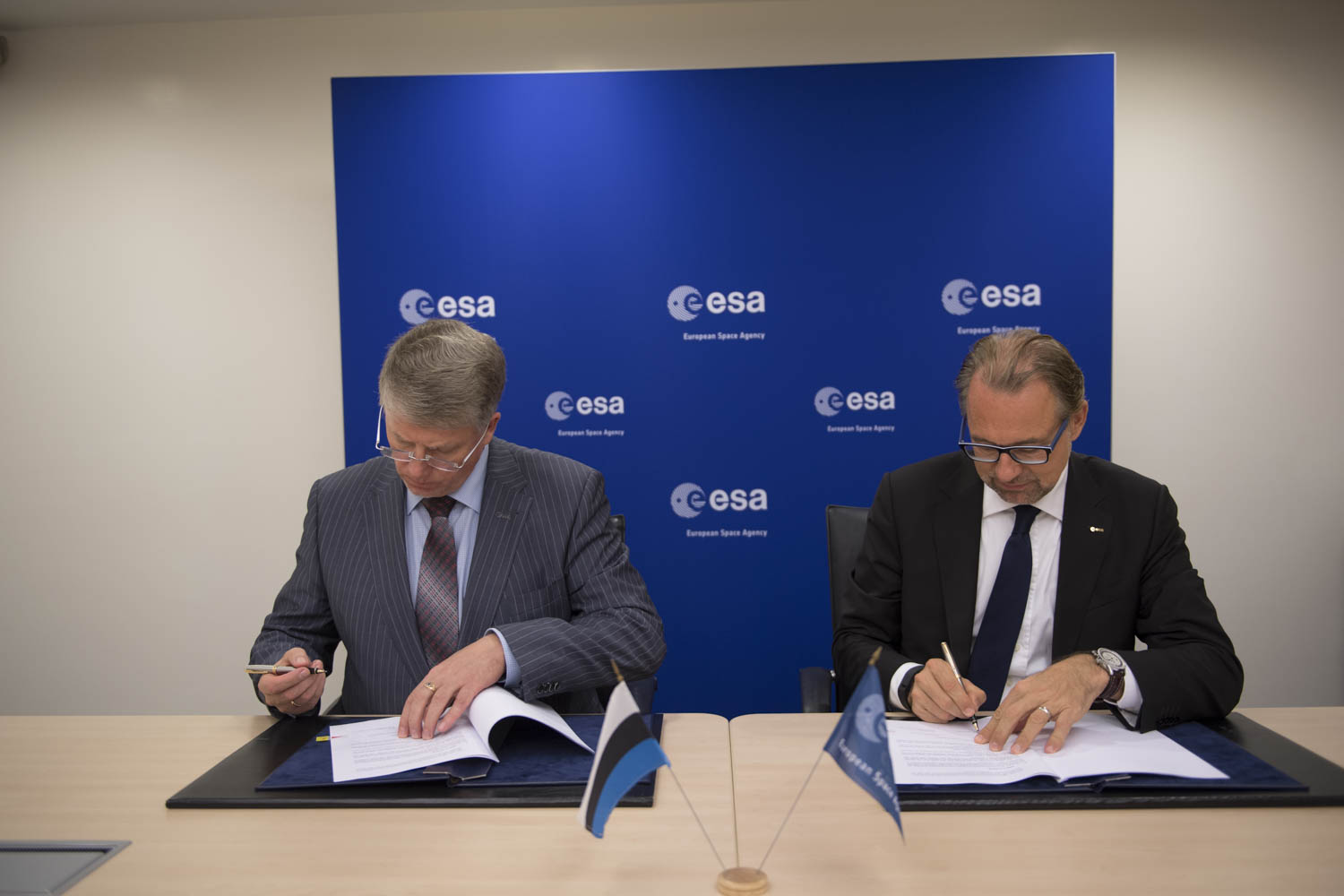 Mr. Madis Võõras, Enterprise Estonia, Head of Estonian Space Office. Head of Estonian Delegation to ESA and Josef Aschbacher Director of EOP.